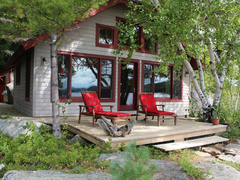 Private Island secluded on pristine Tupper Lake., vacation rental in Tupper Lake