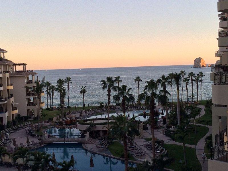 'Better Than Perfect!' - Luxury Condo on Medano Beach - Villa La Estancia~, alquiler de vacaciones en Cabo San Lucas