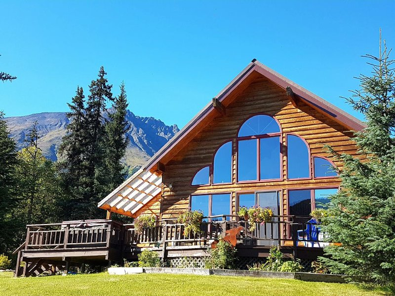 Private Awesome View W/ Hot Tub, Wi-Fi, Cell- Alaska: Right Out the Windows, aluguéis de temporada em Moose Pass