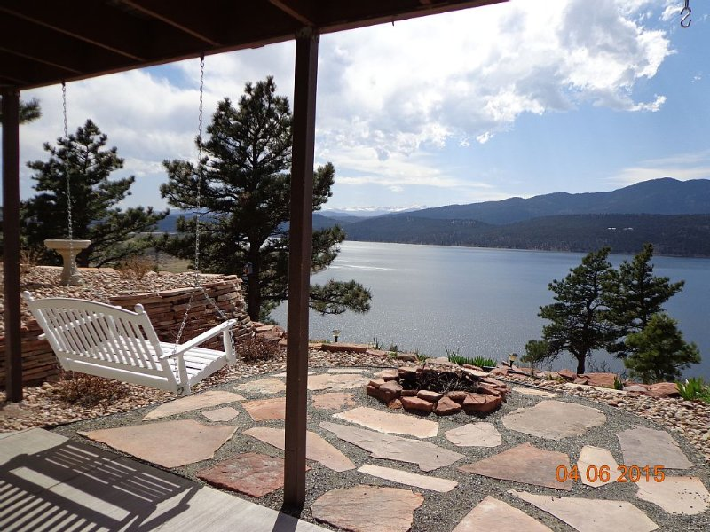 Panoramic views on three sides, vacation rental in Loveland