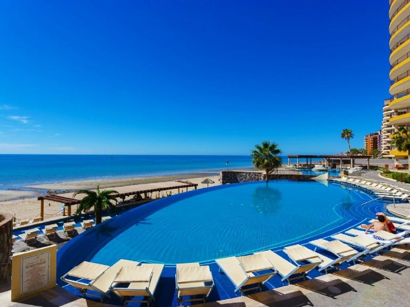 Premium Beach Front Condo~Incrediable View, vacation rental in Puerto Penasco