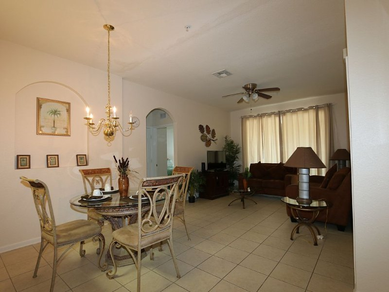 Windsor Hills Condo! Great Rates!, holiday rental in Four Corners
