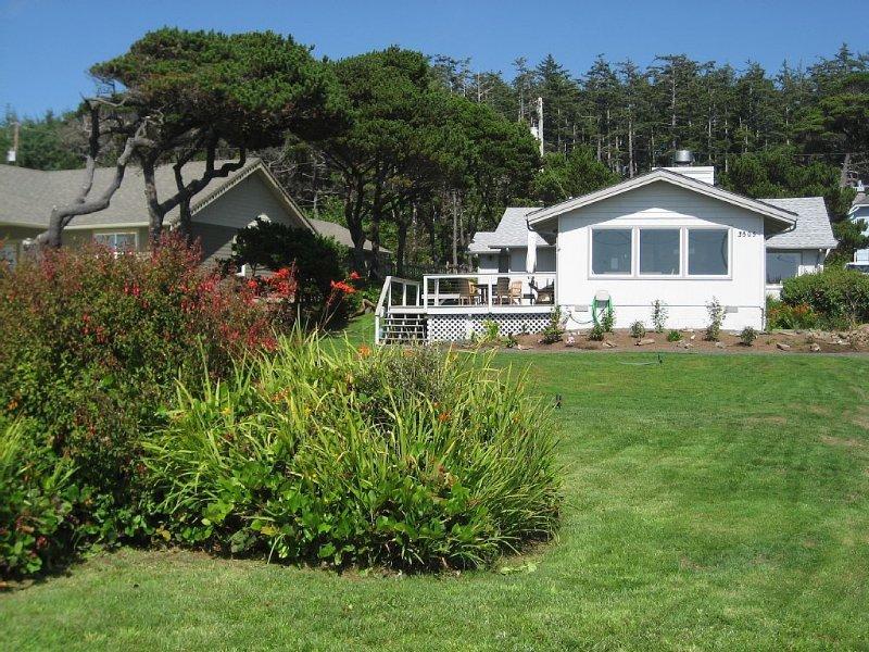 Panoramic Oceanview - Short Walk to Long Sandy Beach - WiFi, location de vacances à Waldport