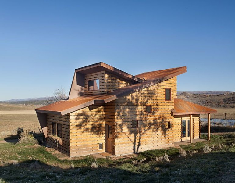 Private Modern Cabin, Eternal Sunset, 360 Degree Views, Horses/Dogs Welcome, vacation rental in Gypsum