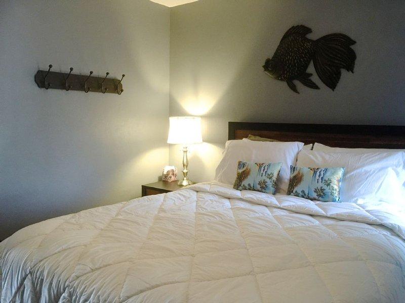 Affordable Ocean Front Remodeled Condo!!!!, location de vacances à Waianae