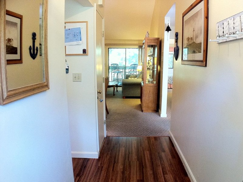 Book it now! Clean cute family-friendly Ocean Edge cond, vacation rental in Brewster