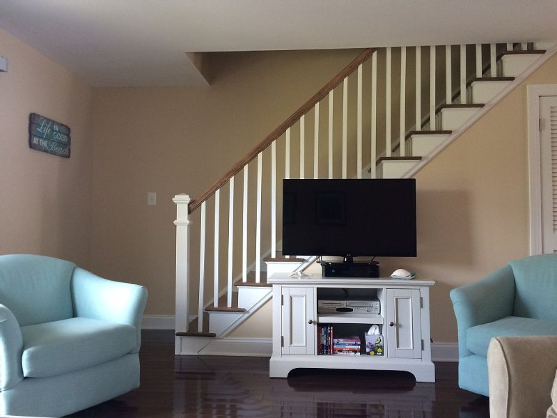 Gorgeous Renovated Townhouse-MUST BE OVER 25 TO RENT-ENHANCED CLEANING SERVICE, holiday rental in Ocean City