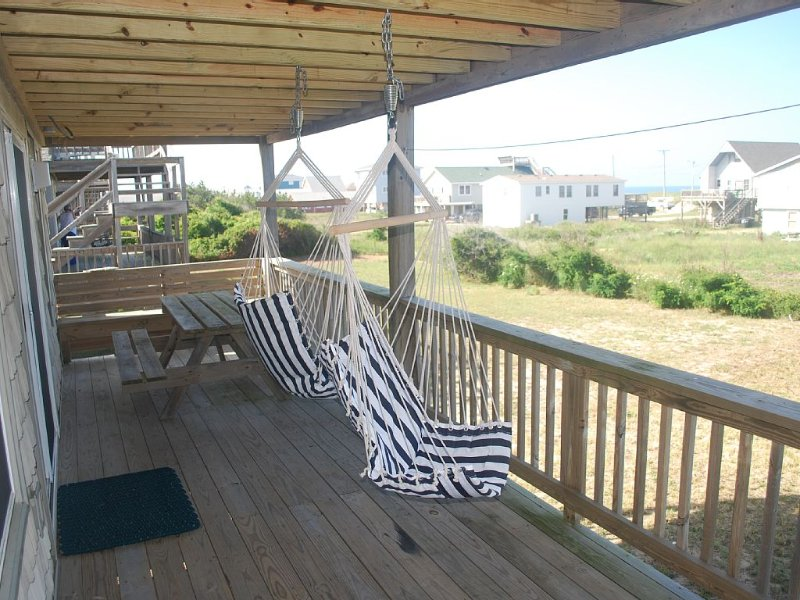 Valhalla  --  Kitty Hawk Beach House with Ocean View., alquiler de vacaciones en Kitty Hawk