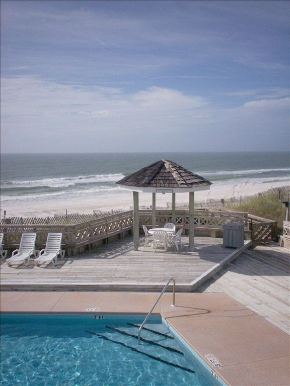 Beautiful Gulf-front pool--1 of 2 pools!