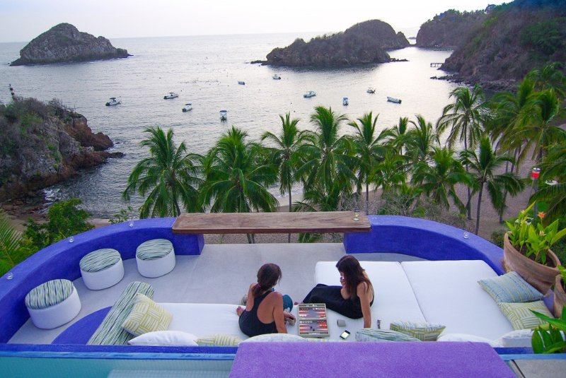 Spectacular Beachfront Casita - Pool - Privacy - Luxury + Style, holiday rental in Careyes