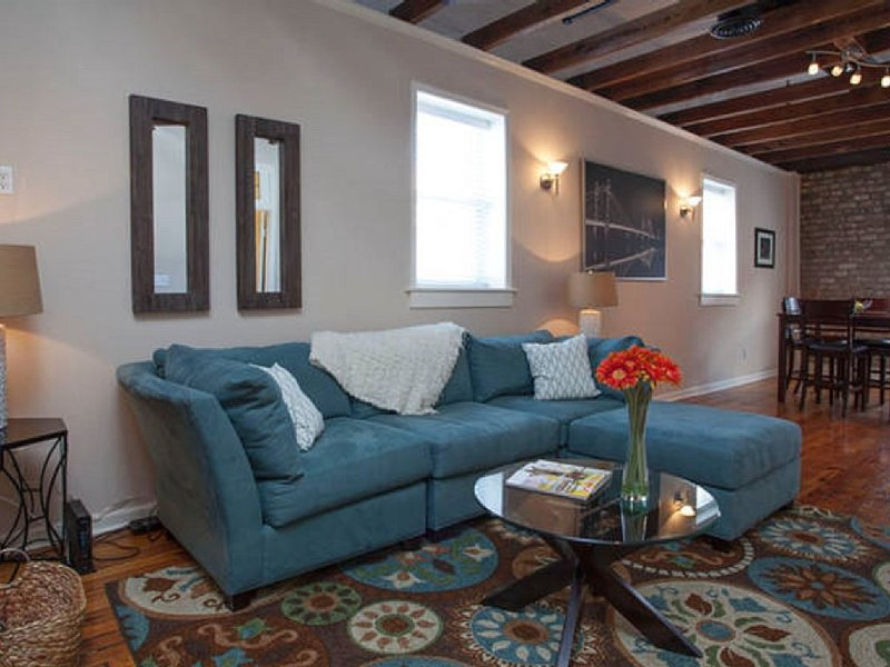 City Market-Heart of Dowtown- Walk Everywhere- No Need For Car!, casa vacanza a Pooler
