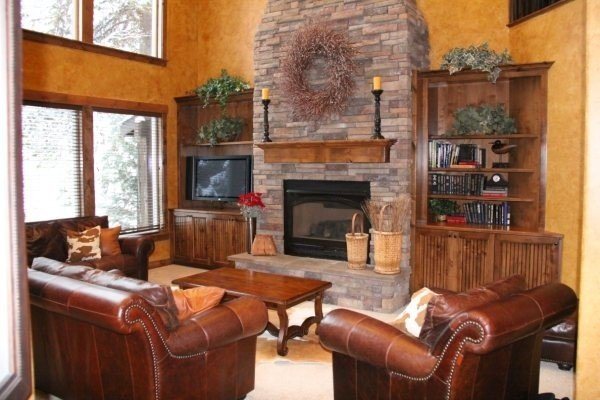 3100 Sq Ft Cabin,Dual Master Suites, Wifi, Hdtv, 6 Blks 2 Town, holiday rental in McCall