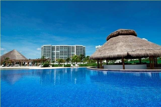 Beautiful Beach Front Condo, Full Equipped, Clean And Safe. – semesterbostad i Cancún