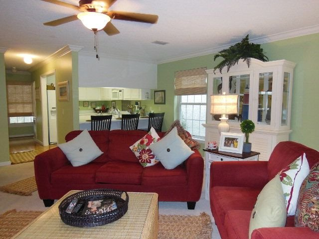 Beautiful condo close to beach & village!!, holiday rental in Saint Simons Island