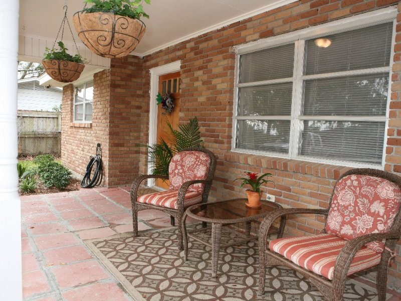 COCOA'S COTTAGE!! Pet-friendly! Near the Beach!, holiday rental in Pass Christian