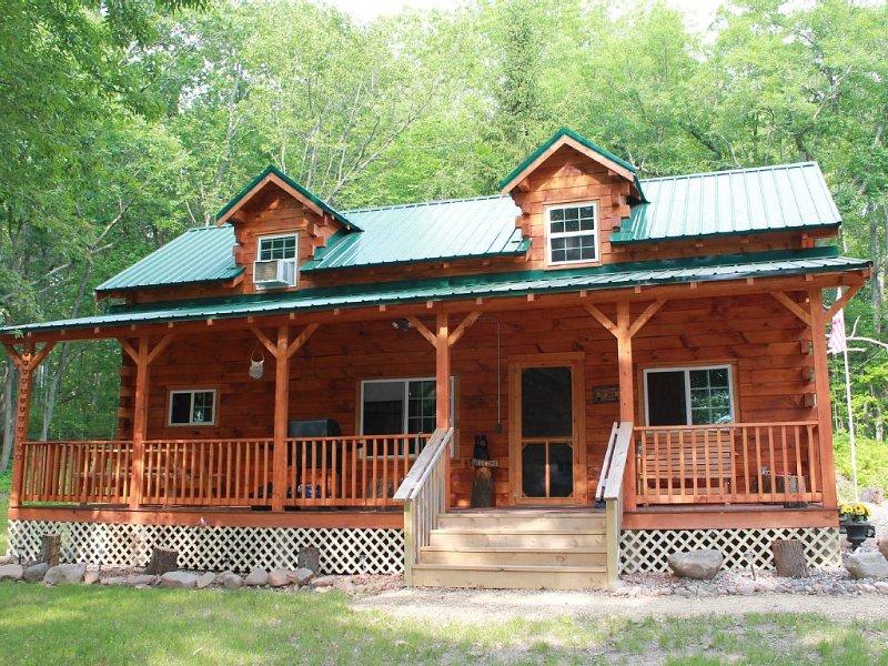 Cozy Authentic Amish Cabin, 5 Acres Of Privacy, 4 Wheel Trail, Snowmobile Trail, location de vacances à Springbrook