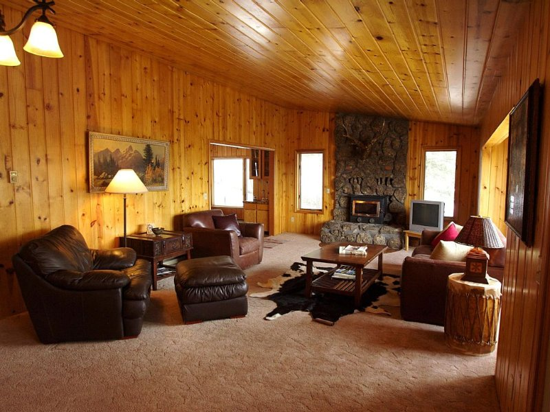 Location, Location, Discount for 30+ nights stay, please inquire, holiday rental in Jackson