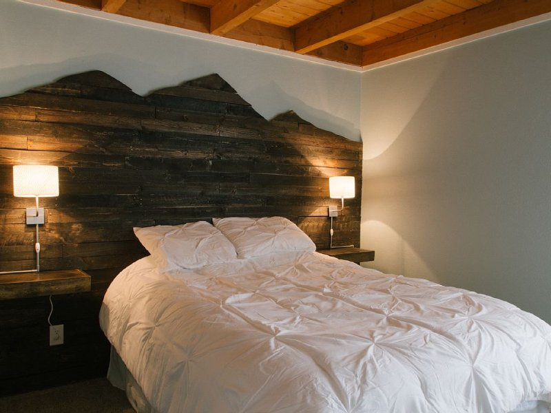 Epic Colorado adventure starts at $105/nt in a newly remodeled 2 bedroom condo, location de vacances à Silverthorne