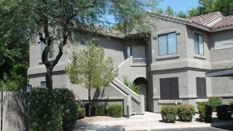 Beautifully Appointed 1600sqft Condo in Prime Location, holiday rental in Scottsdale