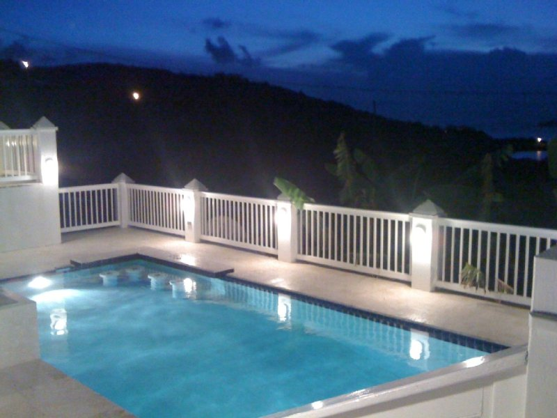Windswept 1: Oceanfront, Spectacular Views, Pool, Nearby Beach, holiday rental in Water Island