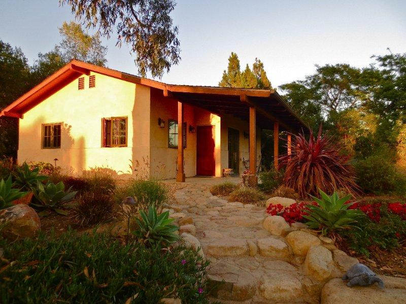 Quiet, Romantic, Montecito Retreat, holiday rental in Santa Barbara