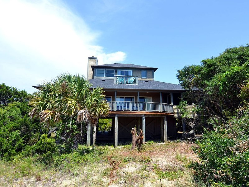 South Beach Bald Head Island, NC: Panoramic Views , Short walk to beach, location de vacances à Bald Head Island