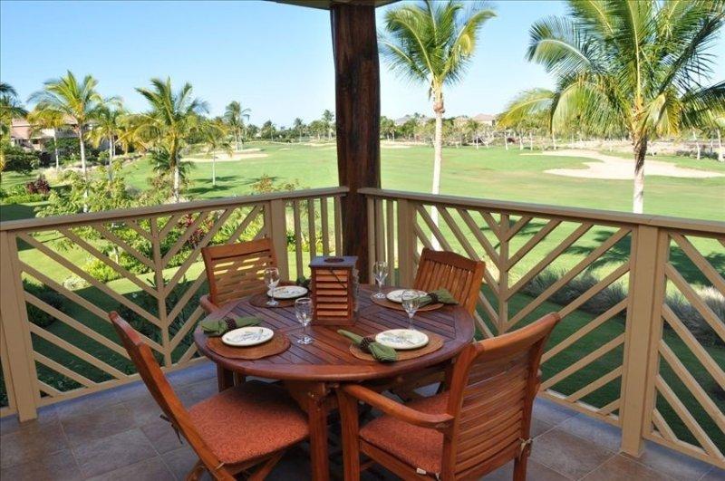 Sunset Golf Course Views from Lanai with Outdoor Kitchen!, location de vacances à Kohala Coast
