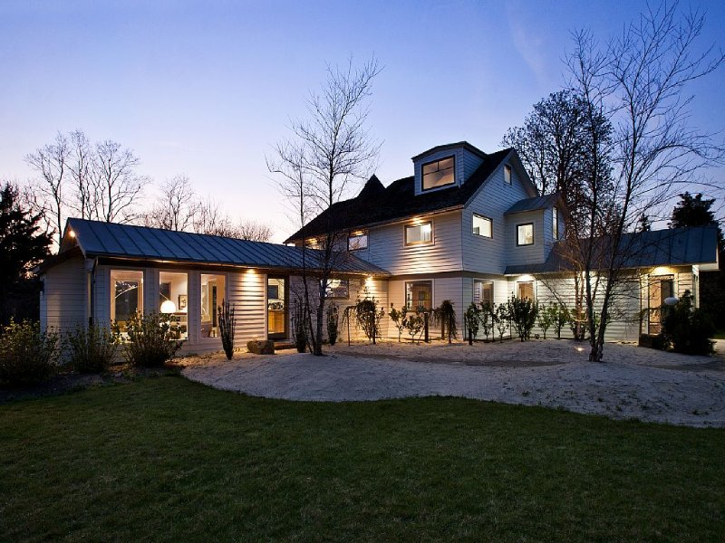 SAGAPONACK ESTATE, 6 Bedrooms, Modern Farm House, vacation rental in Sagaponack