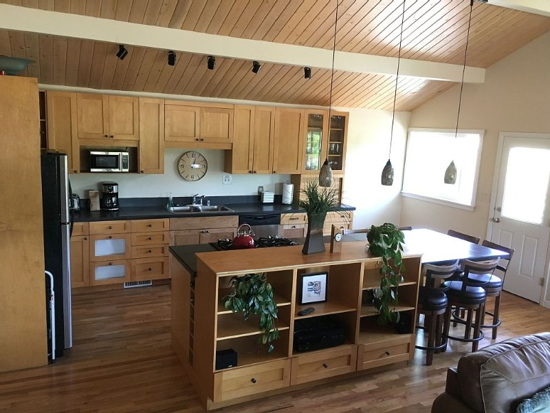 Country living in the city, holiday rental in Bozeman