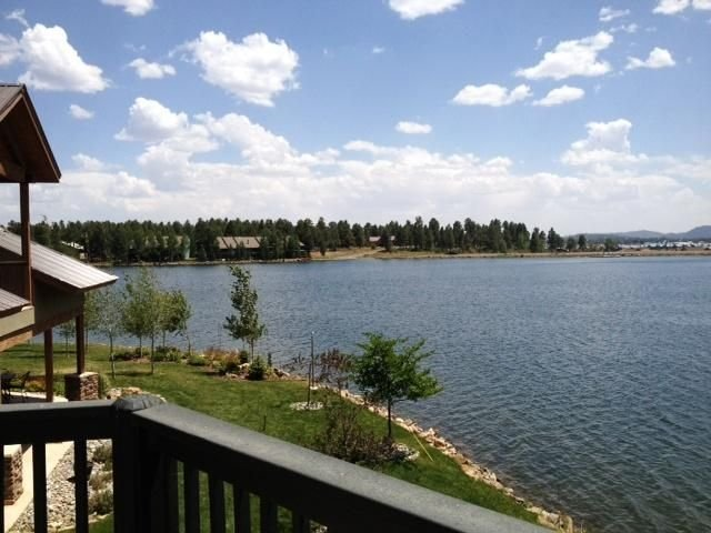 Charming lakefront Cottage with private dock, holiday rental in Pagosa Springs