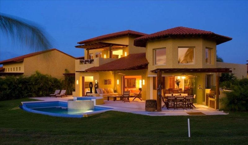 The Most Beauiful House in Punta Mita, 4 Bdr; Near to Four Season, Golf, Beach,, location de vacances à Punta de Mita