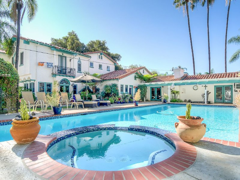 VILLA  ESCONDIDO stunning one of a kind luxury suite with views and a pool, vacation rental in Escondido