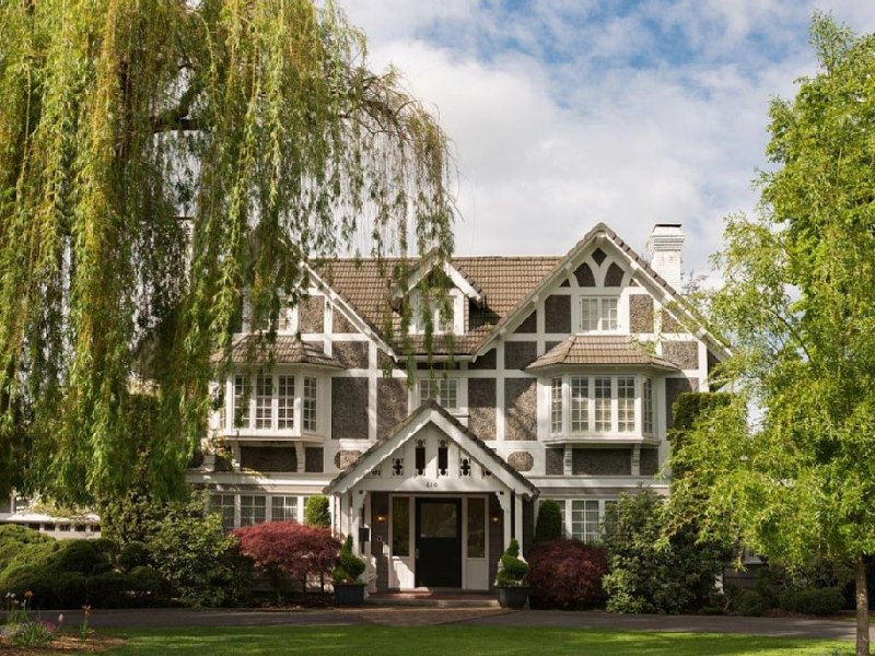 Beautiful Historic Landmark Downtown Estate, alquiler vacacional en Walla Walla