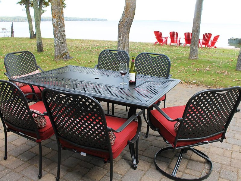 Year Round Lake Home On Perfect Sandy Beach, vacation rental in Walker