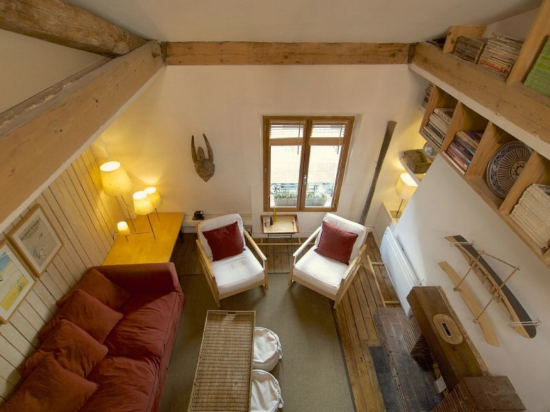 Etoile - Charming Loft - it's Location is Superb - Safe Area, vakantiewoning in Hauts-de-Seine