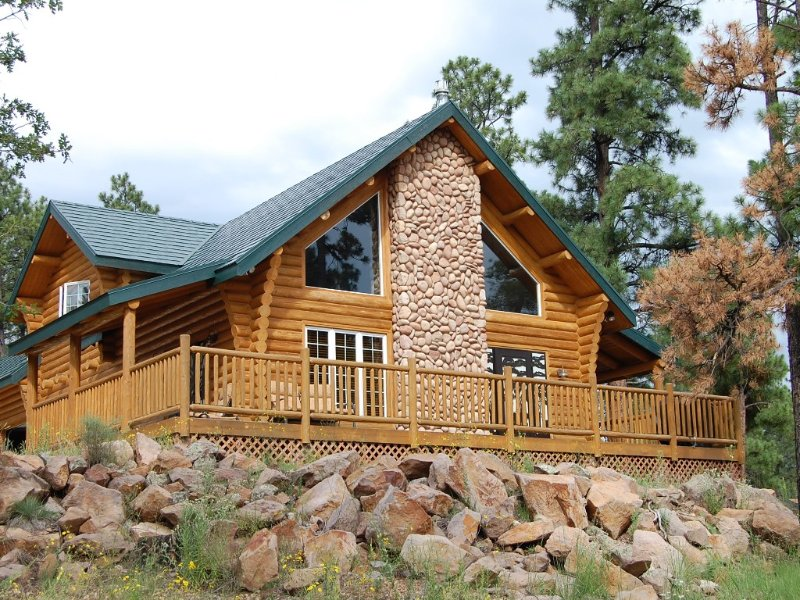 Cozy Log Cabin: Family Getaway to Grand Canyon, Bearizona. And Polar Express, location de vacances à Williams