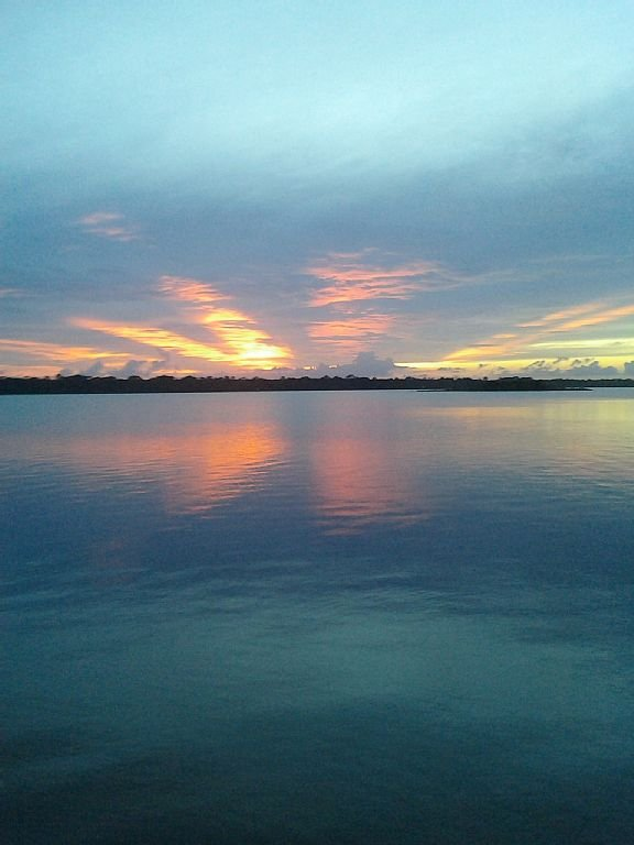 Walk to see the sunset set over the Intracoastal. Waterway.