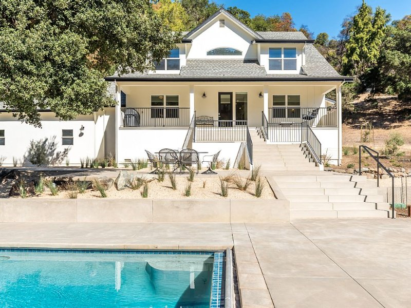 Secluded Valley Retreat, vacation rental in Healdsburg