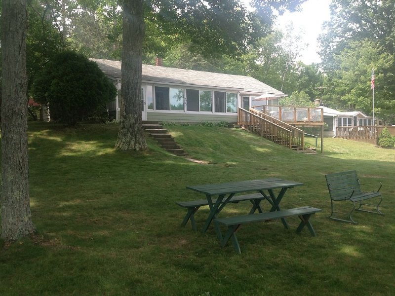 On Beautiful School Section Lake - Clearview Lakehouse, alquiler vacacional en Mecosta County