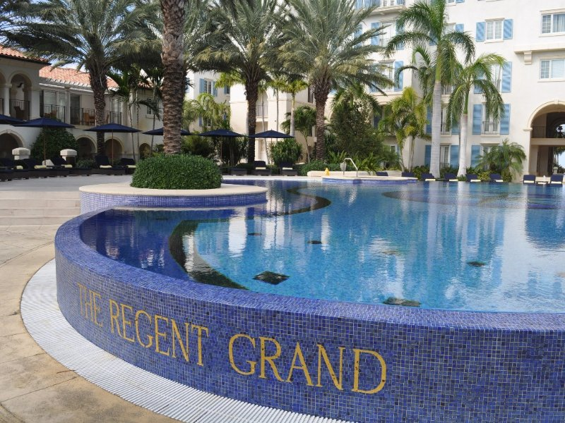 Regent Grand Oceanfront 2 Bedroom  Special by Owner, holiday rental in Providenciales