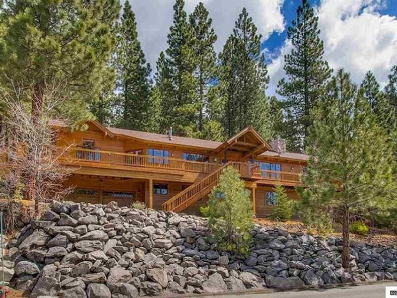 Perfect Home for Ski Getaway or Summer Fun, vacation rental in Incline Village