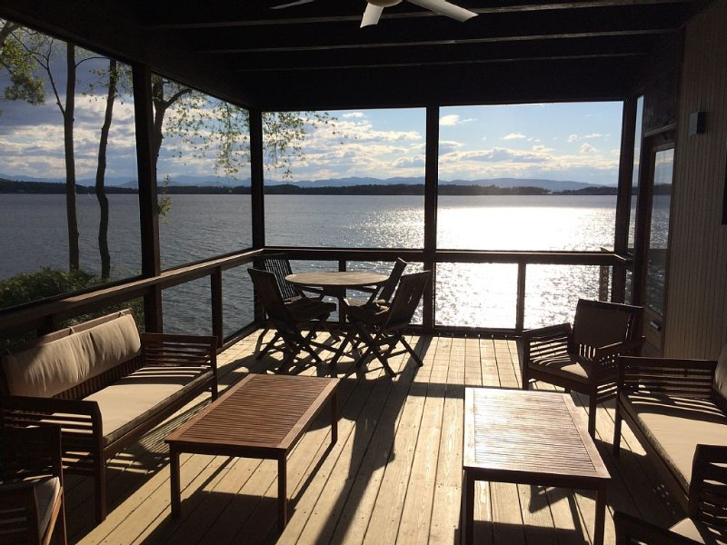 4 BR Burlington Lakefront Home with Mountain Views and Private Lake Access!, vacation rental in Williston