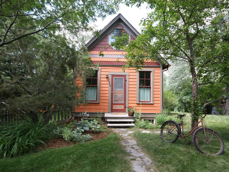 Orange Cottage A Go-Go, aluguéis de temporada em Bozeman