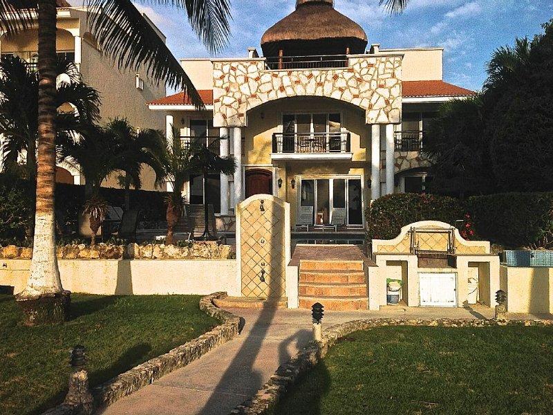 Villa las Uvas, Dream Paradise in Cozumel Island, location de vacances à Cozumel