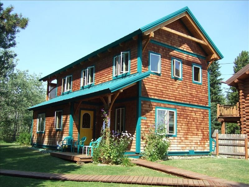 Timber Frame Guest Home, holiday rental in Browning