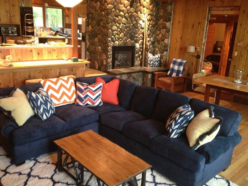 7 acre private retreat, cabin and bunk house, Rave, kayaks, paddleboat, pontoon, vacation rental in Barnes