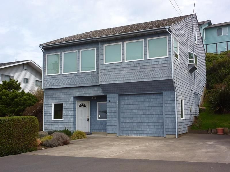 Beautiful Ocean View - Easy Beach Access, holiday rental in Lincoln City