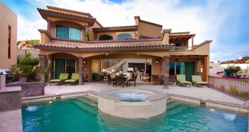 Amazing Home, Great View, Close to Downtown, Pool, Luxury!, location de vacances à Cabo San Lucas