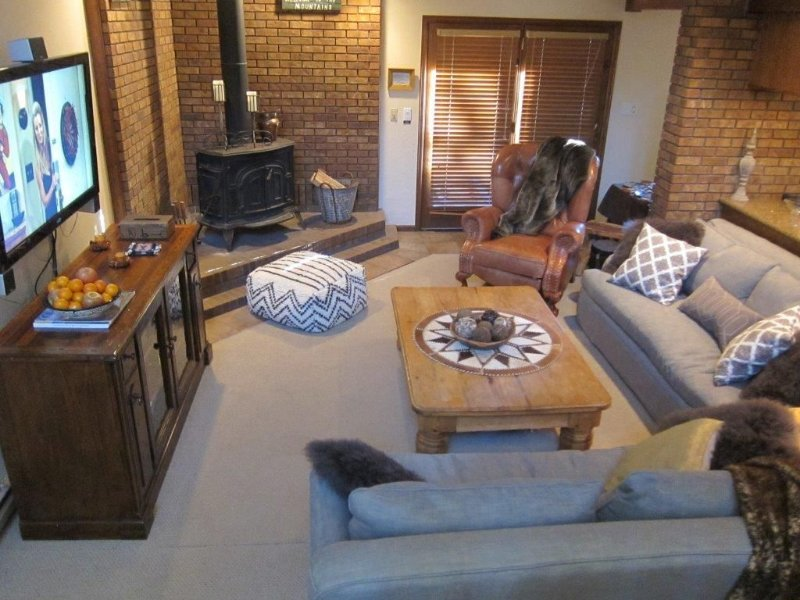 Magnificent 5 Bedroom/ 5 Bath Rustic Mountain Lodge, holiday rental in Frisco