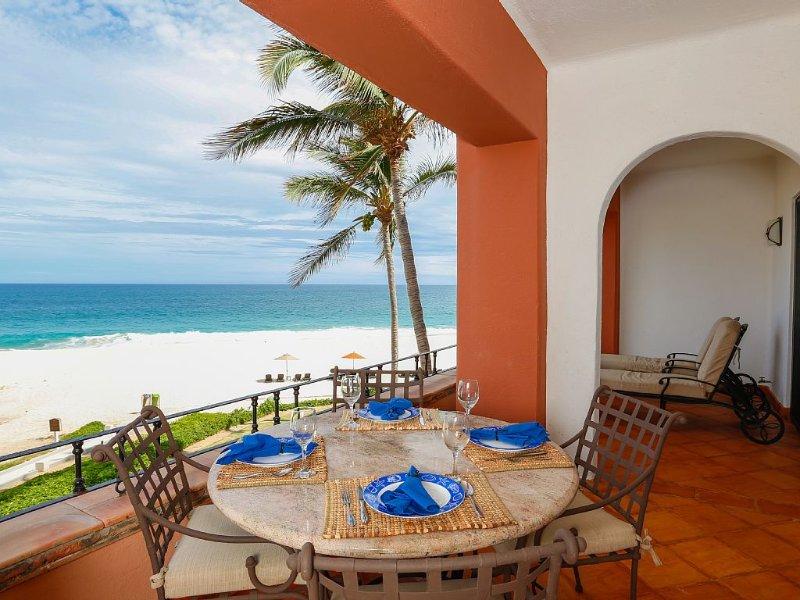 Luxury Ocean Front 2 BR in Exclusive Cabo Corridor—Holiday Discount 12/19–12/26, holiday rental in San Jose del Cabo